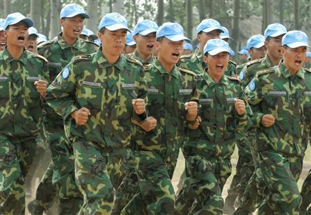 中国、ダルフール派遣部隊を公開...