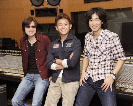 さわやかなハーモニーをPR/男性3人ボーカルのdoa | 全国 ...
