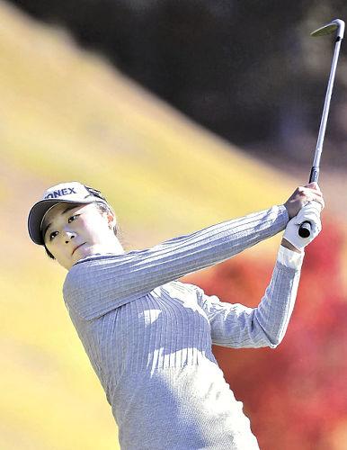 女子 ゴルフ 賞金 女王 争い