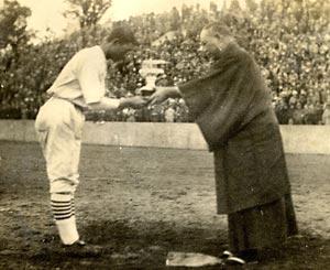 センバツダブル出場 白球に刻む伝統(2)