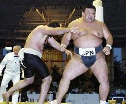 日本決勝でロシアに敗れる/世界相撲選手権 | スポーツニュース | 四国 ...