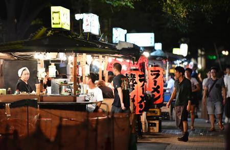 福岡市が屋台経営者を初公募/営業は来年4月から | 観光客らで ...