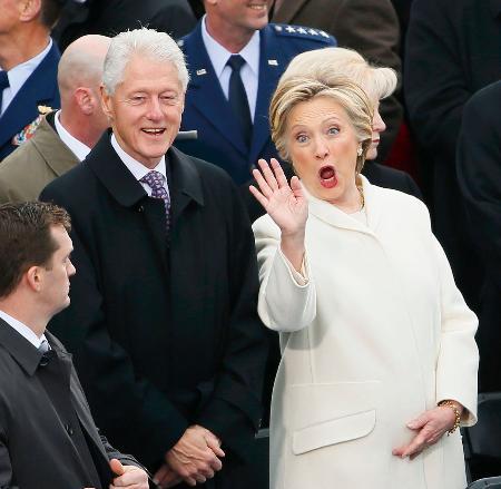 クリントン氏も就任式出席/トランプ大統領の宣誓見守る | トランプ米 ...